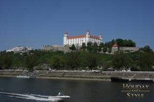 BRATISLAVA_Eos400dIMG5700_Pressefahrt-DonauTouristik(PrPlus)_hrad