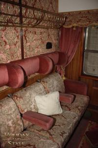 _IMG6753_rot-sitzplätze