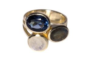 Ring-3-Steine