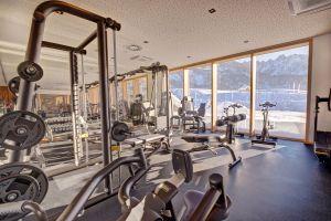fitnessraum_c_www.360perspektiven.at_dachsteinkoenig_-_familux_resort