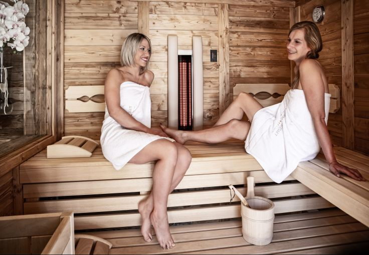 Prechtlgut frauen_geniessen_wohltuenden_saunaaufenthalt_prechtlgut_0